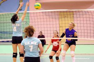 Przodkowska Liga Piłki Siatkowej Kobiet wraca po przerwie. Siedem meczów w piątkowy wieczór