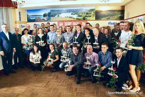 Gala Kaszuby Biegają 2016. W Żukowie podsumowano cykl 13 imprez biegowych i wręczono nagrody w wielu klasyfikacjach