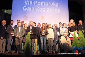 VIII Pomorska Gala Żeglarska. Wręczono Kryształowe Żagle za 2016 rok - Trzciński i Kwaśna żeglarzami roku, trzy nagrody zostają w Kartuzach