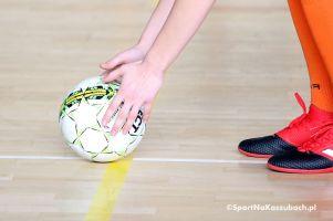 Gimnazjalna Liga Piłki Nożnej Halowej. Turnieje eliminacyjne zakończone, w czwartek wielki finał w Somoninie