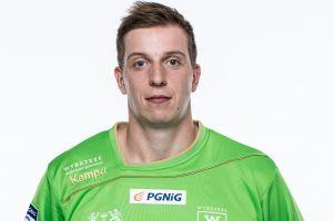 Maciej Pieńczewski obrobił pięć karnych, trafił do siódemki kolejki i został nominowany do tytułu gracza serii PGNiG Superligi