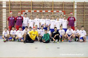 Młodzi szczypiorniści GKS-u Żukowo trenowali z zawodnikami pierwszoligowej drużyny