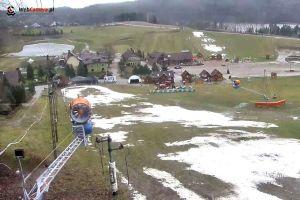 Stok Koszałkowo w Wieżycy zamknięty. Śnieg przegrał z deszczem, narciarze muszą poczekać na mróz