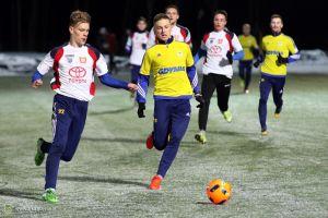 KS Chwaszczyno przegrał z Arką Gdynia w pierwszym zimowym sparingu. Trzech zawodników opuściło klub