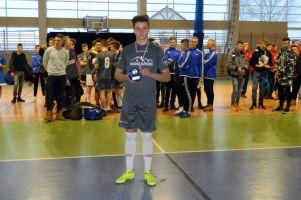 Domaros Somonino najlepszy z 12 drużyn w Turnieju Piłki Nożnej Halowej rocznika 2000 Kiełpino Cup