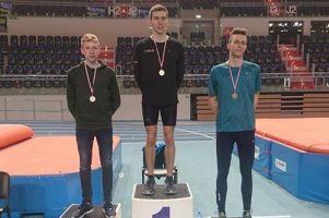 Agata Kotłowska, Tomasz Kurowski i Dagmara Groth zdobyli złote medale podczas halowych mistrzostw okręgu w Toruniu