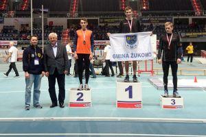 Tomasz Kurowski z GKS-u Żukowo halowym mistrzem Polski U18 w biegu na 2000 metrów, Marek Kowalski trzeci w Biegu Urodzinowym w Gdyni