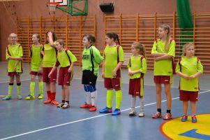 Piłkarki z Żukowa i Sierakowic rozegrały II rundę Pomorskiej Ligi Halowej Kobiet. W sobotę kolejny turniej w Malborku