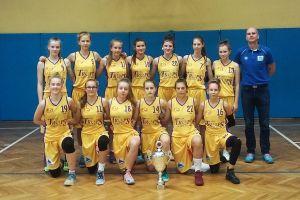 Seniorzy z Sierakowic pewni awansu do baraży, ostatnie mecze w lidze juniorek, najmłodsze kartuzianki rozpoczęła ligę U10