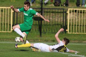 GKS Sierakowice - Amator Kiełpino 2:0 (2:0). Czerwona kartka i rzut karny rozstrzygnęły losy meczu