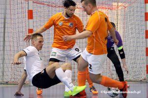 FC Kartuzy - Dragon Bojano 3:4 (1:2). Gospodarze dalej od mistrzostwa, goście dzięki wygranej nadal są w grze