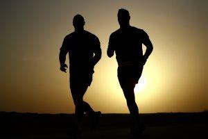 Będą treningi biegowe w Sierakowicach. Klub Sportowy Bat zaprasza biegaczy - amatorów już od kwietnia