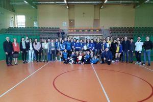 Siatkarki ze Stężycy wygrały półfinał Gimnazjady Młodzieży Szkolnej i zrewanżowały się Redzie za porażkę w lidze