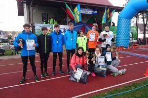 Pierwsze starty i sukcesy zawodników sekcji lekkoatletycznej Cartusii Kartuzy - stawali na podiu wojewódzkich biegów w Linii