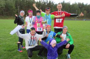 Biegacze z Kielpina startowali w Orlen Warsaw Maratonie i Wojewódzkim Kaszubskim Biegu Przełajowym w Linii