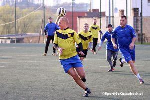 Kartuska Amatorska Liga Piłki Nożnej. Dwie najlepsze drużyny, czyli Samorząd i Malwa, zgubiły punkty w 4. kolejce