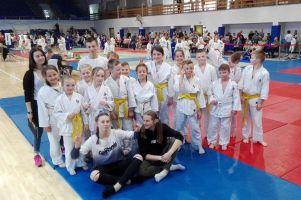 Mnóstwo medali i podium drużynowe GKS-u Żukowo w Otwartych Mistrzostw Elbląga Dzieci i Młodzików w Judo
