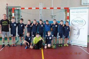 Młodzi szczypiorniści klubu UKS Bat Kartuzy zagrali w Ogólnopolskim Turnieju Piłki Ręcznej w Bartoszycach