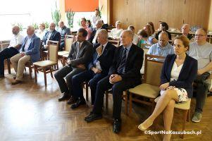 Żeglarski Puchar Kaszub 2017. Konferencja prasowa otworzyła cykl sześciu regat w powiecie kartuskim i na Bałtyku