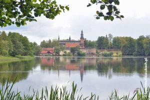 Zwiedzanie Kartuz z przewodnikiem. Letnie spacery z przewodnikami w każdy weekend dla mieszkańców i turystów