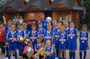 Młodzi piłkarze Raduni Stężyca pojechali do Zakopanego i wygrali turniej Tatry Cup 2017