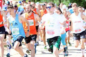 Charytatywny bieg i marsz nordic walking dla Milenki. 170 osób wystartowało w Sulminie pod hasłem