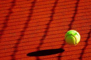 Trwa Turniej Tenisa Ziemnego w Grzybnie 2017. Faworyci wygrali swoje spotkania