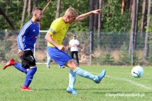 Czarni Pruszcz Gdański - KS Kamienica Królewska. Przegrywali 0:2, ale dzięki golom w końcówce przełamali serię bez zwycięstwa