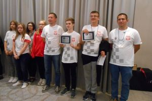 Paweł Teclaf z medalem Mistrzostw Świata Juniorów w Szachach 2017. Kartuzianin wrócił na podium po czterech latach