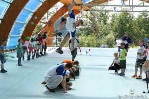 Sportowy Dzień Dziecka na Złotej Górze - świetna zabawa z parkourem, freerunem, rolkami, żaglówkami i eksperymentami