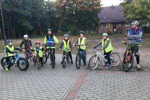 Akademia Rowerowa KJ Bike Team w Baninie uczy dzieci jeździć na rowerach górskich