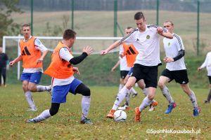 FC Gowidlino - GKS II Sierakowice. Dużo bramek i walki w derbach gminy na szczeblu B klasy