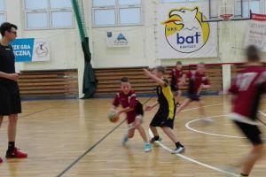 GKS Żukowo wygrał pierwszy turniej ligi chłopców rocznika 2006 w Kartuzach. Gospodarze z Batu na drugim miejscu