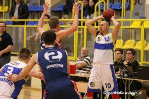 MTS Basket Kwidzyn - Bat Sierakowice. Niepokonany od ponad roku Bat przegrał mecz na szczycie III ligi