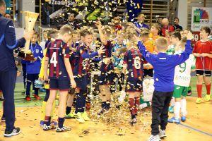 Futsal Cup Kartuzy 2017 już w ten weekend. Przez dwa dni w Kiełpinie zagra 18 drużyn