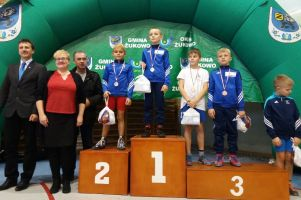 Najmłodsi zawodnicy z 10 klubów walczyli w Mikołajkowym Turnieju Minizapasów 2017 w Żukowie