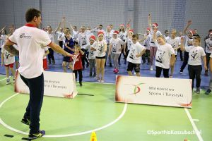 Camp Artura Siódmiaka i Mikołajkowy Turniej Piłki Ręcznej, czyli sportowe mikołajki w Kiełpinie