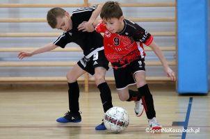 Somonino Cup. Dwanaście drużyn zagrało Turniej Piłki Nożnej Halowej rocznika 2009