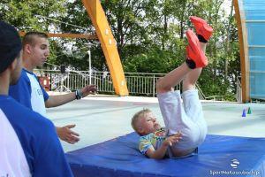 Sportowe atrakcje na festynie rodzinnym w SP nr 1 w Kartuzach