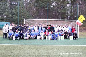 Mecz noworoczny w Żukowie 2018. Piłkarze zgodnie z tradycją powitają Nowy Rok na boisku