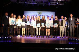 Kartuska Gala Sportu 2017. Działacze, trenerzy i zawodnicy z nagrodami i wyróżnieniami