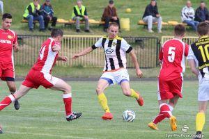 GKS Sierakowice - Sporting Leźno 0:1 (0:0). Triumf w derbach, czyli drugie z rzędu zwycięstwo leźnian