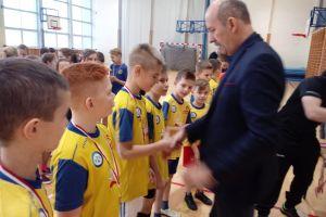 Trzy szkoły zagrały w gminnym turnieju dwóch ogni w gminie Sierakowice