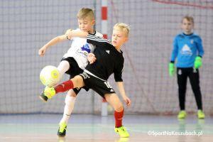 Junior Futsal Liga w Kiełpinie. Przedostatni turniej sezonu za młodymi piłkarzami