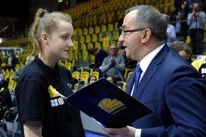 Osiem koszykarek z Kartuz i Sierakowic zagra w kadrze Pomorza w finale OOM