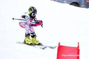 Puchar Rodziny Treflików w Wieżycy - Koszałkowie 2018. Ponad 50 maluchów rywalizowało w slalomie