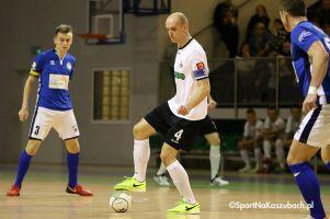 Team Lębork - FC Kartuzy. Grad bramek i dramatyczna sytuacja w derbach Kaszub w I lidze futsalu
