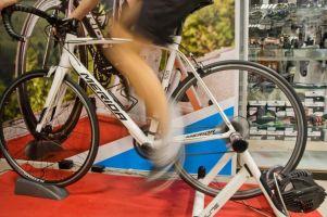 Tour de Bike Atelier 2018 w Kartuzach. Wyścig na trenażerach wkrótce, wciąż można się zapisać