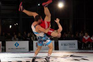 Świetne walki Gevorga Sahakyana w Krajowej Lidze Zapaśniczej. Pokonał wicemistrza świata