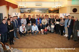 Żukowska Liga Futsalu 2017/2018 uroczyście zakończona. Zespoły i zawodnicy odebrali nagrody